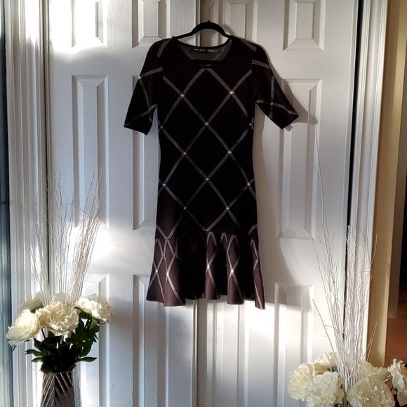 2/50 dresses Ivanka Trump ruffle dress